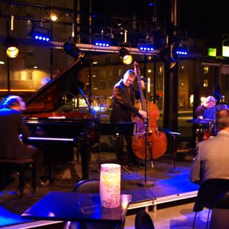 Carte Blanche - Trio X med hemliga gäster, 30 oktober