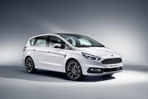 Ford S-MAX Vignale ble vist for første gang på den internasjonale bilutstillingen i Geneve