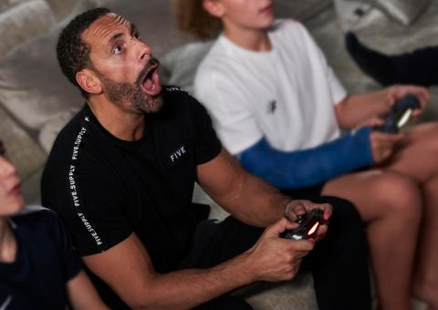 Get Smart About PLAY - Rio Ferdinand 1