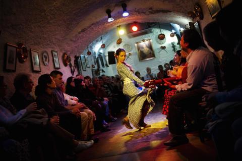 Solresor lanserar dansresor i samarbete med känd danslärare