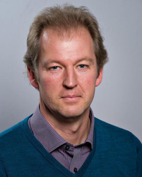 Niklas Nåbo (S)