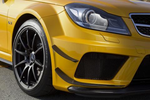Nyt Dunlop Sport Maxx Race på Mercedes-Benz C 63 AMG Coupé Black Series