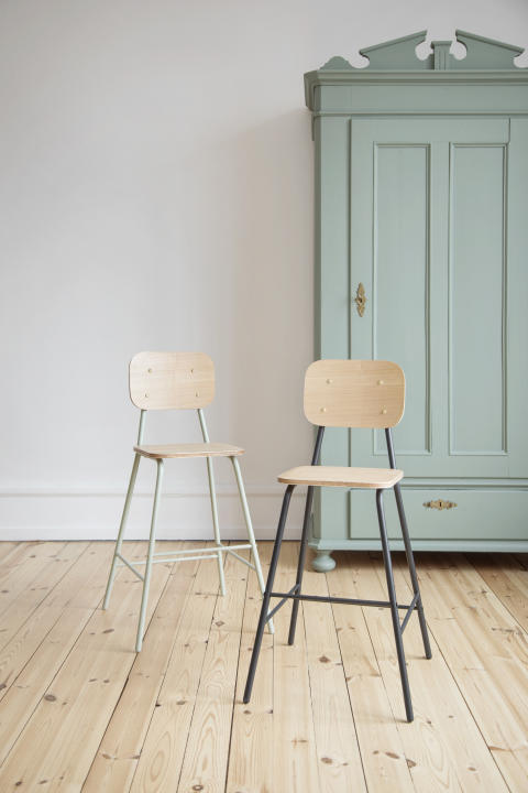 Available_2.May2019_SostreneGrene_Chair1A