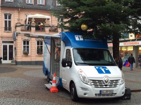 Beratungsmobil der Unabhängigen Patientenberatung kommt am 26. Mai nach Bingen am Rhein.
