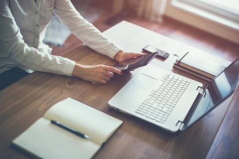 Ny lag från 1 september – glöm inte registrera ägare av ditt bolag!