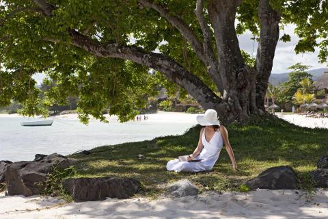 Mauritius_Dame qui lit ©MTPA_Bamba