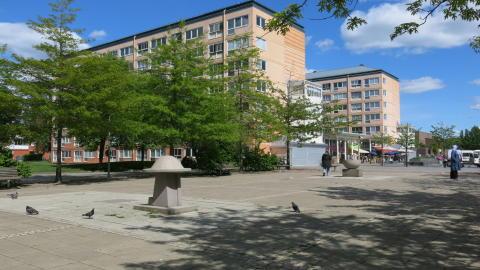 Hjällbo Centrum får lyft av Poseidon och Boverket