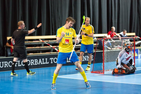 Sveriges herrar vann - efter superdrama