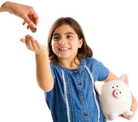 Ny undersökning: Så mycket får barn och ungdomar i månadspeng
