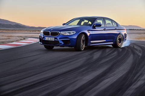 Kjøreglede til hverdag og fest:  Her er helt nye BMW M5