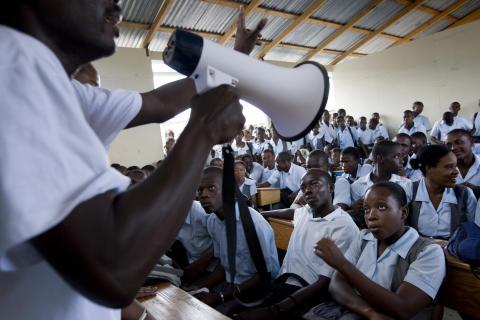 Massiv informationskampanj trappar upp kampen mot kolera i Haiti