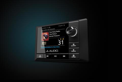 JL Audio Marine Europe: JL Audio päivitti marine-soittimensa sulavammin integroitavaksi