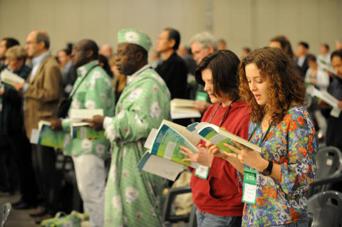 Kyrkornas världsråd avslutade sitt fredsmöte