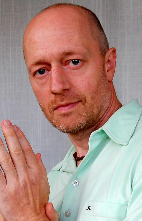 Författarporträtt: Paul Frigyes