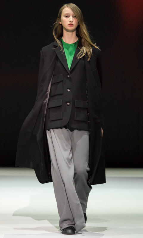Marika Ekblad - I came prepared with a hammer under my coat.