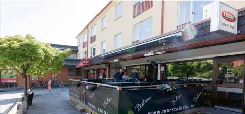SigtunaHem förvärvar hyresfastighet med bostäder och kommersiella lokaler vid Sätuna torg intill Märsta station