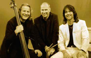 "Robert Wells Trio med ""A tribute to Charlie"""