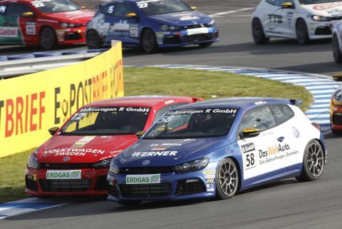 Ola Nilsson klättrar i Volkswagen Scirocco R-Cup