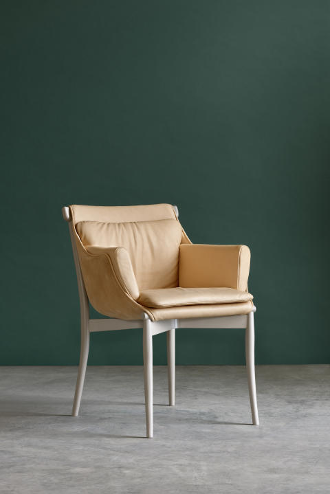 Viva chair pic 2