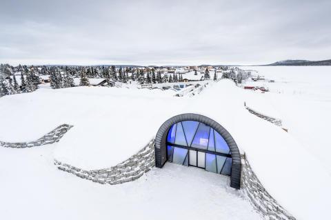 Solenergi håller kylan i Icehotel 365