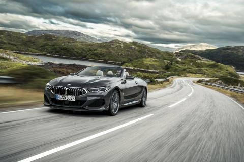 BMW 8-sarjan Cabrio, edestä