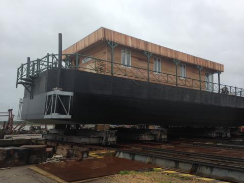 High res image - Sika UK - Luxury houseboat's concrete hull made watertight with Sika's concrete waterproofing systems