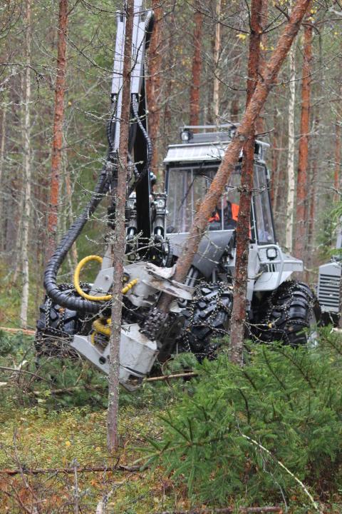 Harvester Vimek 404T6