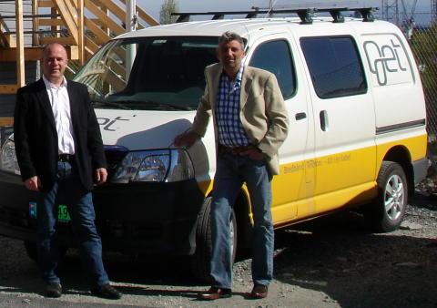 JM velger Get. Kurt Hermansen i JM (til høyre) og Arve Myrland i Get