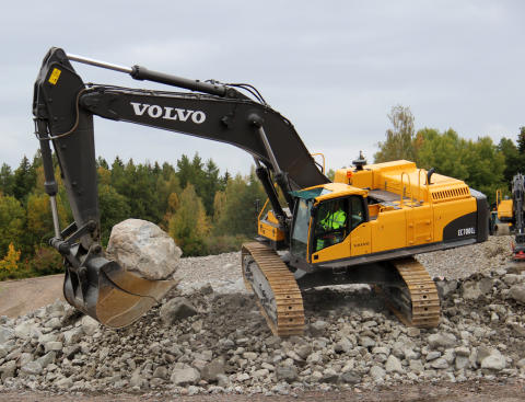 Skoldagarna - provkörning av Volvo entreprenadmaskiner