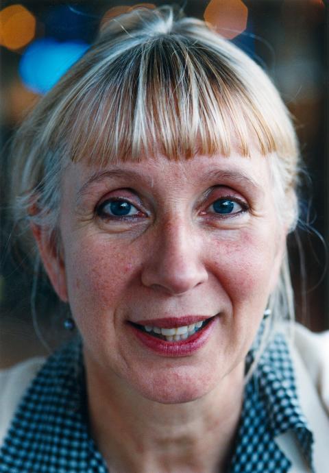 Suzanne Osten regisserar Glada änkan på Folkoperan - regidebut på operascenen