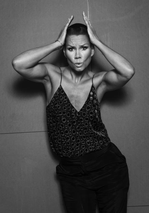 Linda Bengtzing medverkar i novellsamlingen Kära Mamma