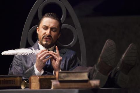 Faust am Goetheanum: ‹Faust 2›, II. Akt: Enges gotisches Zimmer
