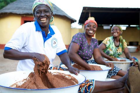 Yhteisökaupan karitevoi Ghanasta