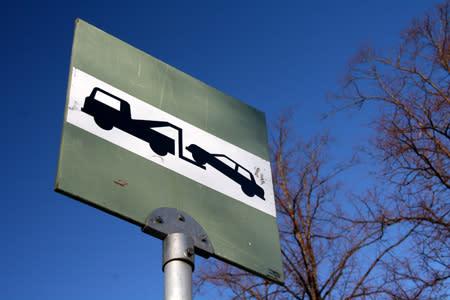 Hitaat ajoneuvot pännivät liikenteessä eniten
