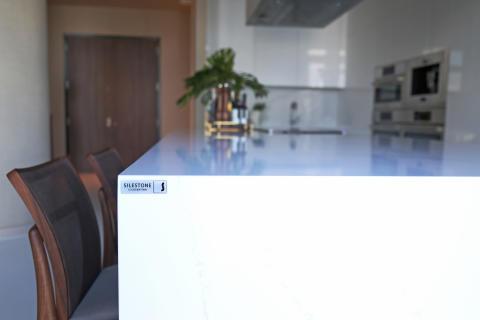 kitchen_countertop_by_silestone_calacatta_gold_Roberto_Migotto_4