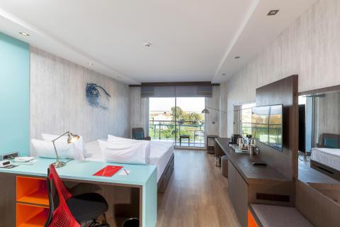 Vib Antalaya guestroom 1