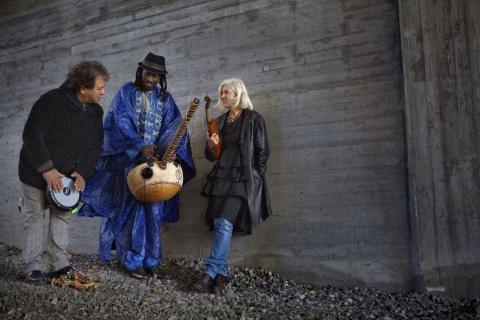 Rafael Sida, Solo Cissokho och Ellika Frisell, Årets grupp vid Folk & Världsmusikgalan 2014. Foto: Anna Simonsson.