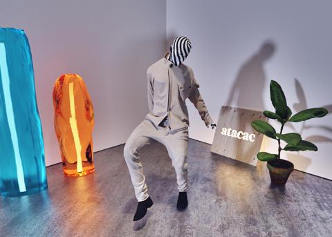 Utställningen Modeparadigmet visar digitaliseringens möjligheter i modeindustrin