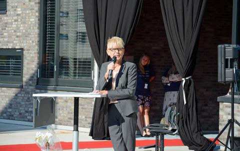 Utdanningsetatens direktør Astrid Søgnen holdt en fin tale.