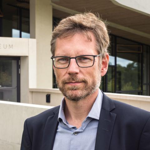 Debataften på Moesgaard om Egtvedpigen og uenige forskere