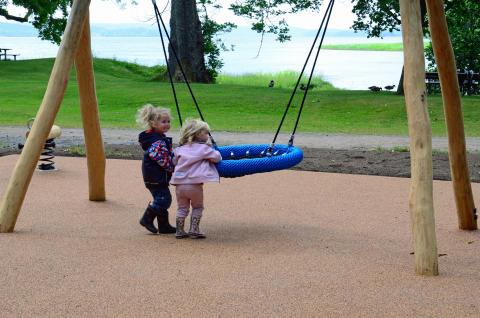 Gräfsnäs lekpark upprustad inför sommarsäsongen