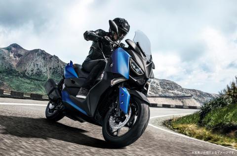 スポーツスクーター「XMAX ABS」をカラーチェンジ 先進性と所有感を満たす新色で、MAXシリーズのイメージをアップデート