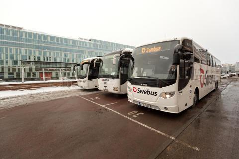 Swebus: Stora förseningar i Stockholms snöoväder