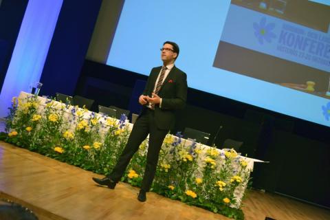 """Åkesson kommenterar Reinfeldts tal i Almedalen: """"Jag välkomnar en blårödgrön röra som gemensam motståndare"""""""