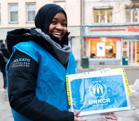 DELICATO OCH STIFTELSEN EINAR BELVÉN SKÄNKER TVÅ MILJONER KRONOR TILL SVERIGE FÖR UNHCR