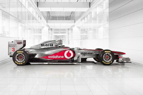 AkzoNobel utökar samarbetet med Vodafone McLaren Mercedes