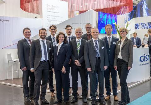 Die Mitglieder des Clusters IT Mitteldeutschland auf der E-world
