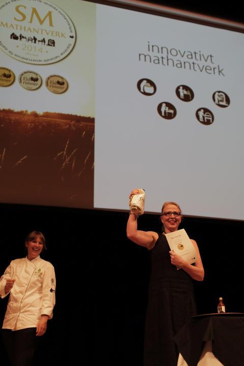 Guld för Rökigt Drakblod från Ådala Gård i klassen Innovativt mathantverk på Öppna SM i Mathantverk 2014