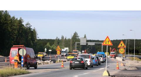 Vägarbete bilkö trafikstockning