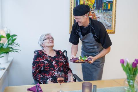 Seniorserveringen Vårdstyrkan i Täby finalist i Arla Guldko® 2017
